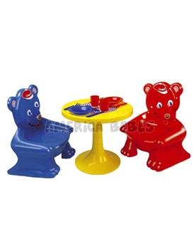 Mesa y silla. Rondi