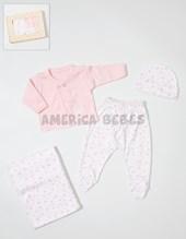 Set de regalo EN CAJA: 4 piezas en int. de nena, c/batita bordada, ranita, mantilla y gorro. Colores surtidos. Dreams.