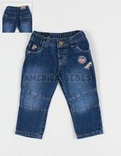 Pantalon jean localizado con bordado. Colores surtidos. Terra Nature.