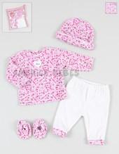 Pack regalo en bolsa PVC 4 piezas (18k72) beba  plush floreado c/gorro y zapatitos. Colores surtidos. Solcito.