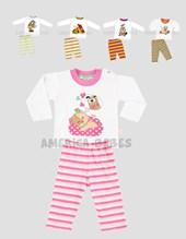 Pijama combinado, remera estampada + pantalón rayado. Colores surtidos. Pachi.