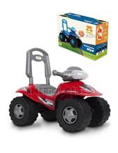Cuatriciclo ATV rojo andarín y caminador construido en plástico resistente. + 12 meses. Kuma Kids.