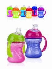 Vaso con manijas y boquilla de silicona - 240ml x1. Colores surtidos., Nuby.
