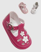 Sandalias nena con hebilla y apliques. Colores surtidos. Pepes bebes.