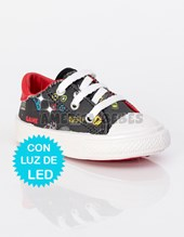 Zapatilla Bebe con LUZ DE LED. Estampado Game . Baby Delf.