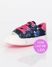 Zapatilla Beba con LUZ DE LED. Estampado Girls. Baby Delf.