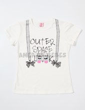 Remera M/C Nena. Estampa Outer Space. Colores surtidos. Sol de chicos.