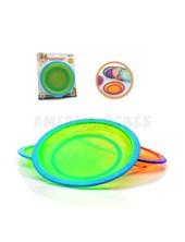 Set  3 platos plásticos con base antideslizante. Apilables.