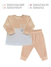Conjunto en plush de buzo combinado a dos colores, con pantalo´n al tono y bordado, lateral. Disponible en tonos de nena. Dreams
