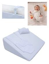 Colchon Antireflujo con ARNES DE REGALO. Forma de cuña para colocar debajo del colchón del catre o cuna, que ubica al bebé a 45º durante el descanso, reduciendo el nivel de reflujo y riesgo de broncoaspiración. Wawita.