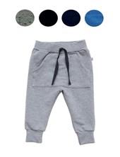 Pantaloncito bebe rustico con lycra bolsillo canguro. Colores surtidos. Baby Skin