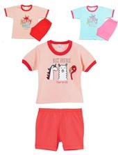 Pijama nena estampado Remera m/c y short . Colores surtidos. Naranjo.