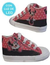 Zapatillas de bebe con luces led Minnie. Disney