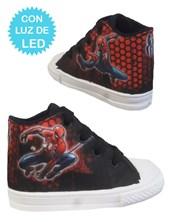 Zapatillas de bebé con luces led Spiderman. Disney