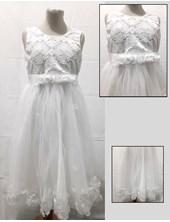 Vestido sin manga pecho de encaje. Children Dior
